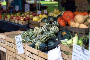 Ways to Improve Your Produce Display and Raise Customer Traffic